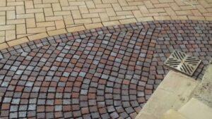 Преимущества использования клинкерной тротуарной брусчатки