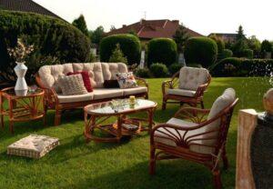 Преимущества садовой мебели